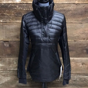 NWT lululemon Down For A Run Pullover II